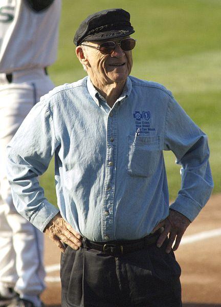 COLUMN: A June 2002 conversation with legendary MLB announcer ErnieHarwell